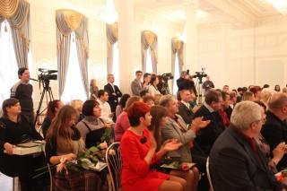 Сотрудники региональных СМИ получили награды