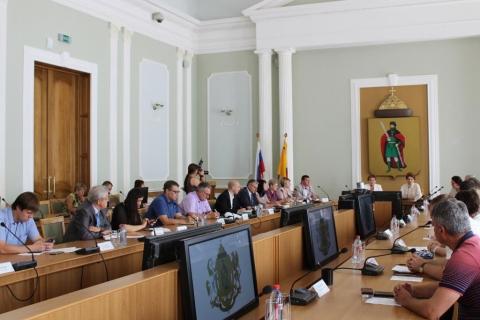 Депутаты Рязанской городской Думы оценили готовность образовательных учреждений Рязани к новому учебному году