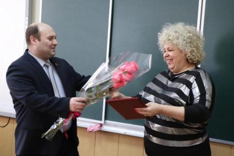 Денис Сидоров посетил собрание педагогического коллектива школы № 39