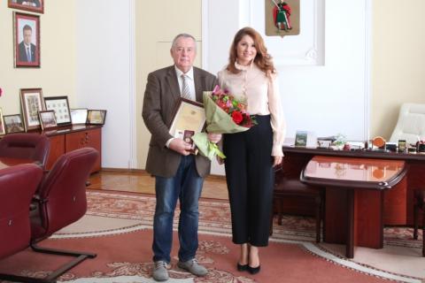 Юлия Рокотянская поздравила с днём рождения Почетного гражданина Рязани Виктора Гурова