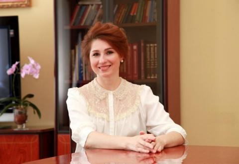 Поздравление главы муниципального образования Юлии Рокотянской с Днем воспитателя и всех дошкольных работников