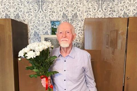 Александр Лемдянов поздравил с юбилеем Александра Шумкина