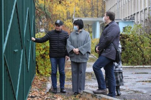 Александр Бурцев: «Территория школы должна отвечать всем требованиям безопасности»